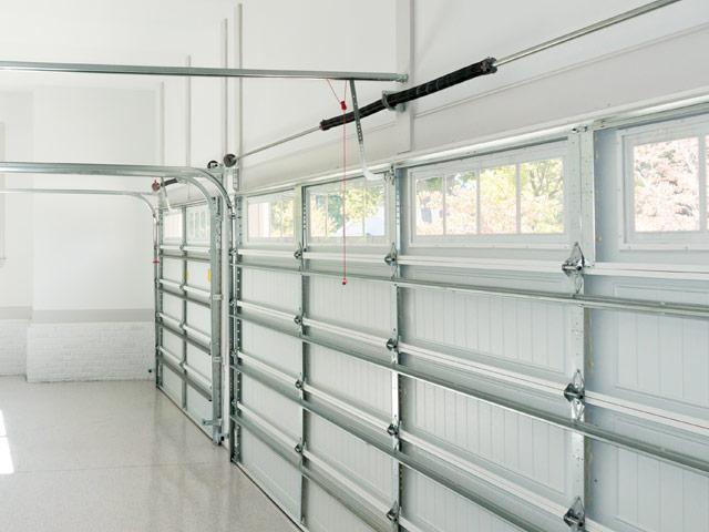Reparação a portões de garagem Massamá